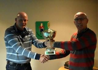 v.l.nr. Winnaar 10 over ROOD 2016,Tim Meina en Toernooi Organisator Joop Weydema.organisator