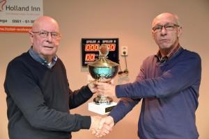 v.l.n.r. Jan de Boer en wedstrijdleider  Joop  Weydema